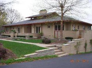 1150 Hickory Creek Dr , New Lenox IL
