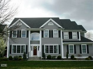 261 Mailands Rd , Fairfield CT