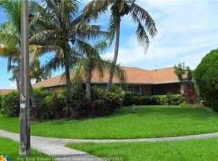 120 Paseo Ct , Royal Palm Beach FL