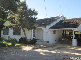 4943 Santa Fe Ave , Oakdale CA