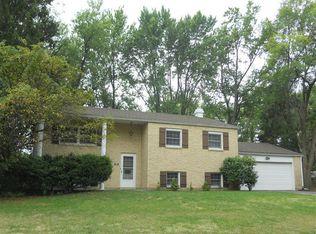 560 Clareridge Ln , Dayton OH