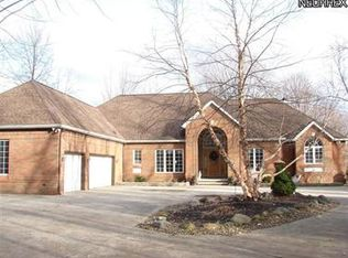 7447 Bronson Rd , Olmsted Twp OH