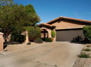 6805 N 18th St , Phoenix AZ