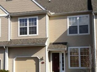406 Lake George Cir , West Chester PA