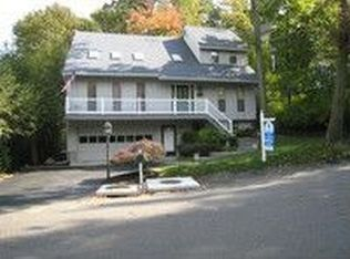 5 Cotswold Dr , Centerport NY