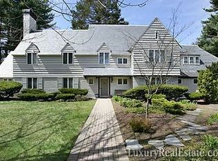 255 Dudley St , Brookline MA