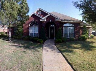 820 Stoneridge Dr , Hewitt TX