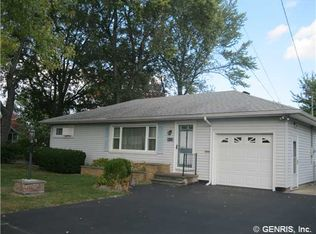 34 Forest Ave , Irondequoit NY