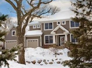 8490 Mission Hills Cir , Chanhassen MN