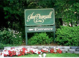 30 Pearsall Ave Apt BK, Glen Cove NY