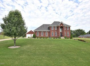 10030 Whispering Wind Dr, Greenville, IN 47124