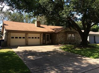 6818 Falling Waters Dr , Spring TX