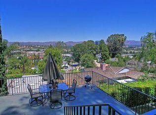 5335 Medina Rd , Woodland Hills CA