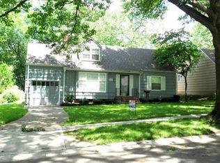 4122 W 73rd St , Prairie Village KS