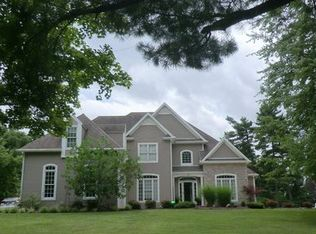 5 Old Coach Rd, Athens, OH 45701
