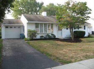 426 Berkshire Rd , Fairless Hills PA