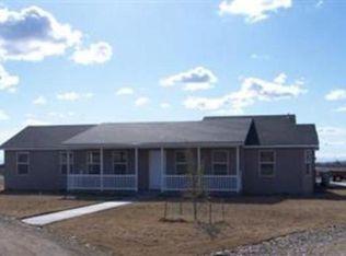 4553 NE Hawks Dr, Mountain Home, ID 83647