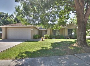 552 S 9th St , Patterson CA