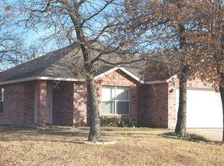 2604 Stone Creek Ln , Corinth TX