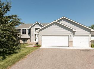 214 Verbena Dr , Watertown MN