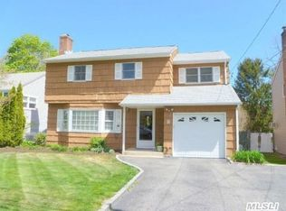 8 Butler Pl , Northport NY