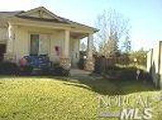 7915 Dove Ln , Windsor CA