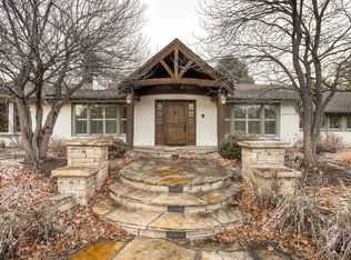 6 Village Rd , Englewood CO