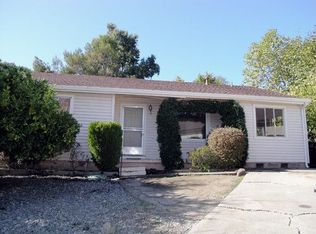 570 Lakeview Way , Emerald Hills CA