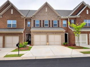2113 Greencrest Cir , Milton GA