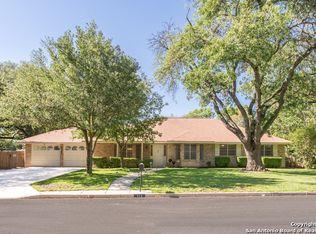513 Fenwick Dr , Windcrest TX