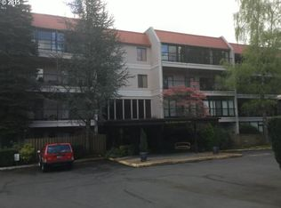 45 Eagle Crest Dr Apt 219, Lake Oswego OR