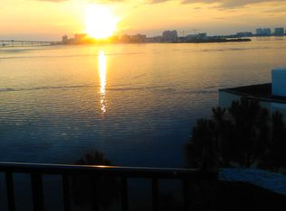 602 Lime Ave Apt 503, Clearwater FL