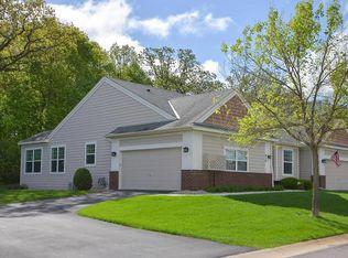 979 Victoria Greens Blvd , Victoria MN