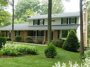 120 Green Forest Dr , Baden PA