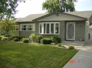 6740 W 88th St , Oak Lawn IL