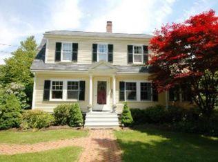 313 Thoreau St , Concord MA