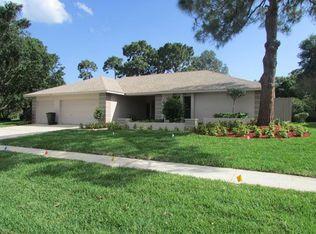 2895 Fair Green Dr , Clearwater FL