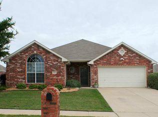8501 Saffron Dr , Fort Worth TX