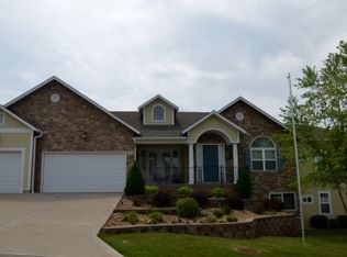 3717 S Kendall Dr, Independence, MO 64055