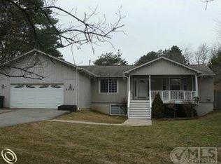 5455 Westview Rd , Clarkston MI