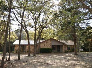 122 Lost Pine St , Elgin TX
