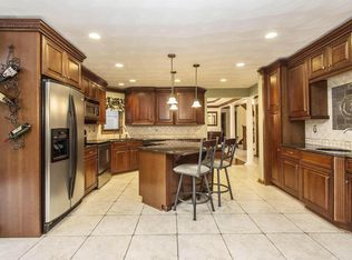418 Inglewood Dr, Westerville, OH 43081