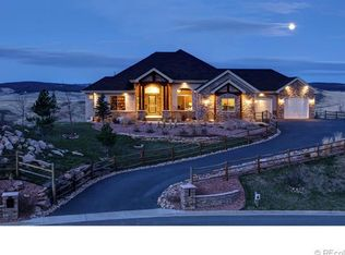5441 Country Club Dr, Larkspur, CO 80118