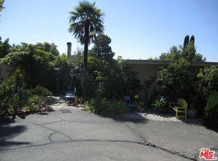 2789 La Cuesta Dr , West Hollywood CA