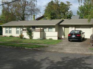 2605 SE Cora St , Portland OR