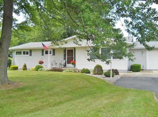 354 W Waits Rd , Kendallville IN