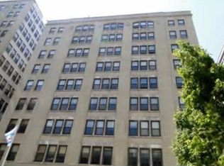 680 S Federal St Apt 310, Chicago IL