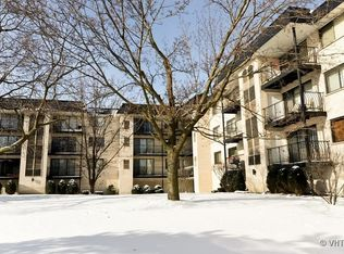 6950 W Forest Preserve Dr Apt 112, Chicago IL