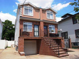 323 Colony Ave , Staten Island NY