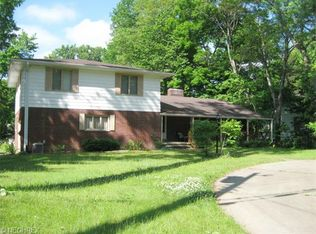 3106 Morewood Rd , Fairlawn OH